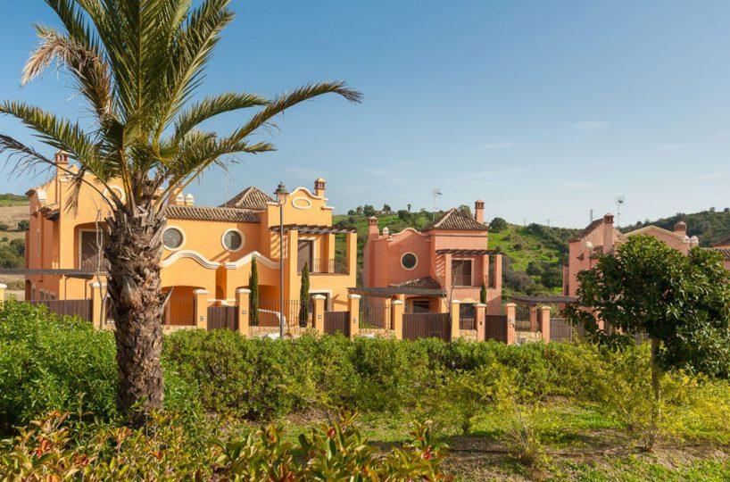 Villa Golf Costa Townhouses